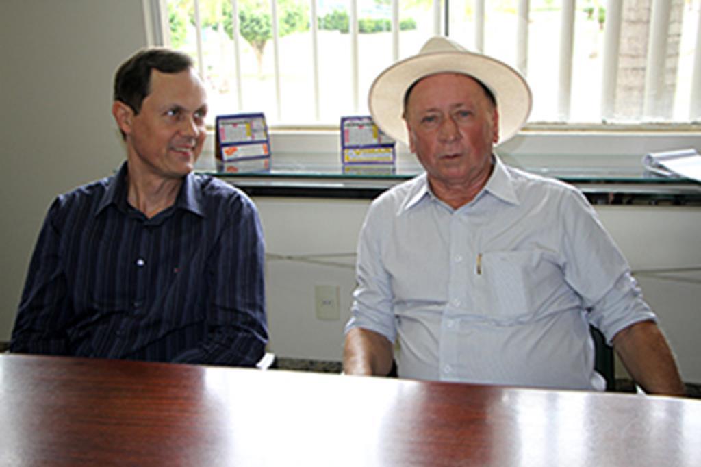 Prefeito Fábio Schroeter e o deputado federal Roberto Dorner