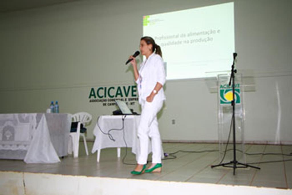 Isabella Ribeiro Figueiredo Vieira, palestrante