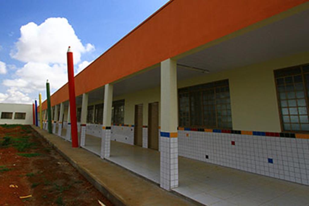 O início das aulas da Educação Infantil (Pré-II e Pré-III) foi adiado para o dia 17 de fevereiro