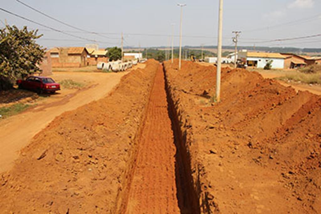 Prefeitura inicia obras de pavimentação e drenagem no São Miguel