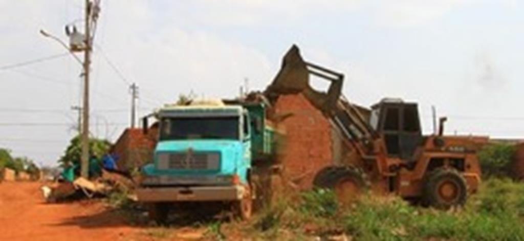 Mutirão de limpeza resulta em mais de 600 toneladas de lixo recolhidas